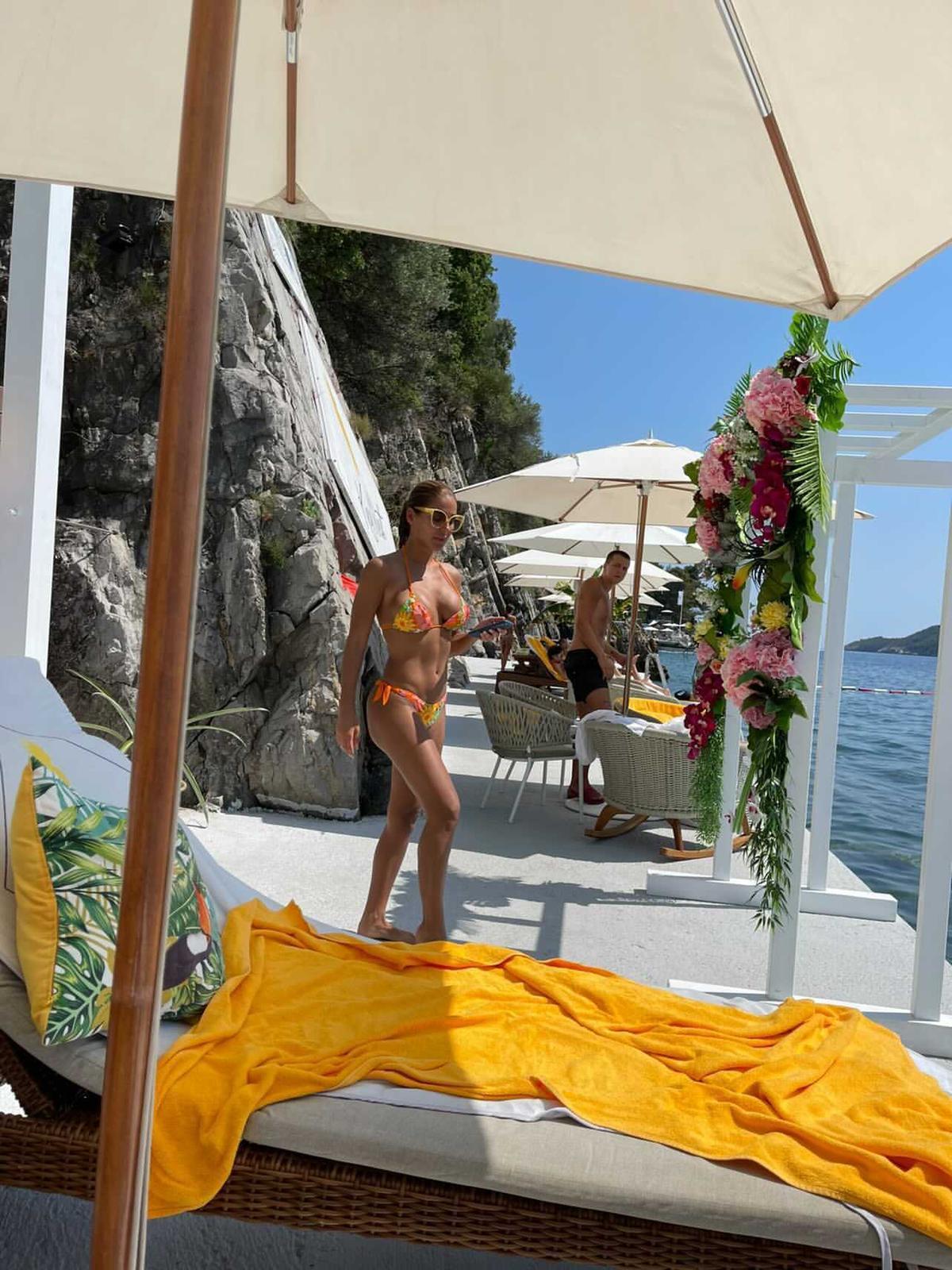 EKSKLUZIVNO: Seksi fotke Marine Visković sa plaže u Budvi!
